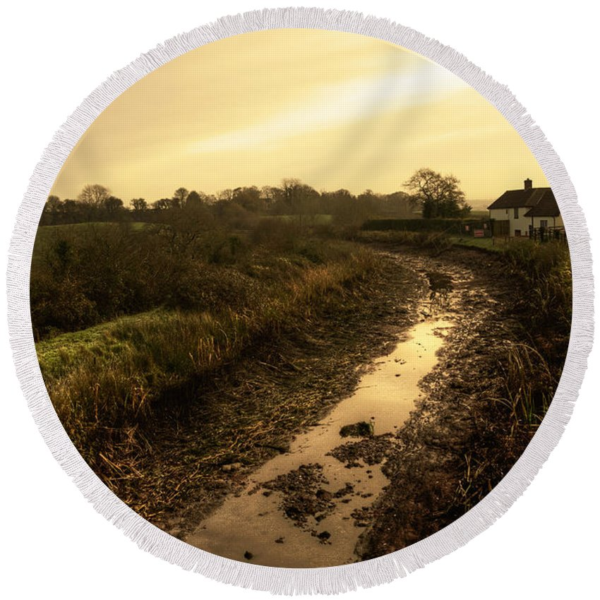 Grand Round Beach Towel featuring the photograph Grand Western Canal Nr Halberton by Rob Hawkins
