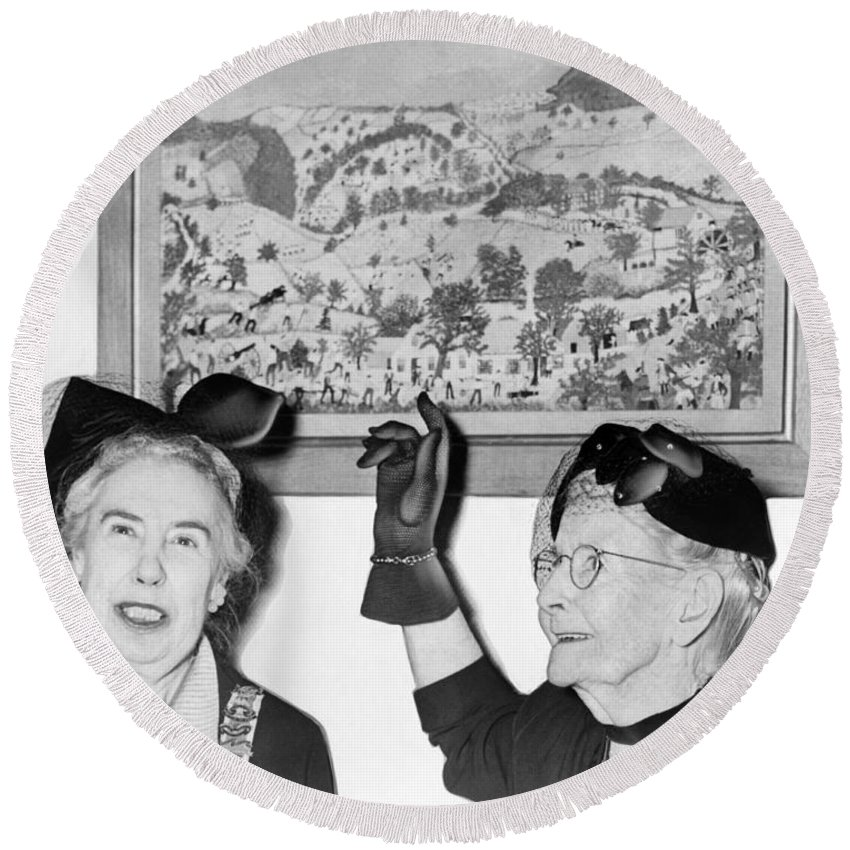 1953 Round Beach Towel featuring the photograph Grandma Moses by Roger Higgins
