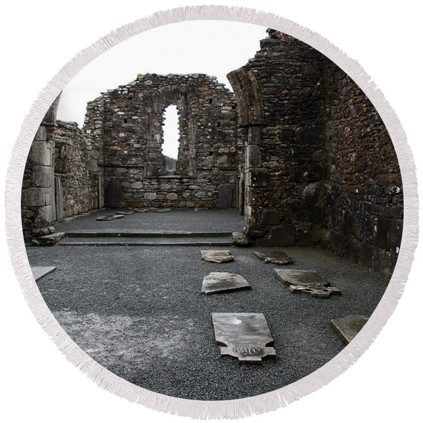 Graveyard Round Beach Towel featuring the photograph Graveyard In Church Ruin - Ireland by Christiane Schulze Art And Photography