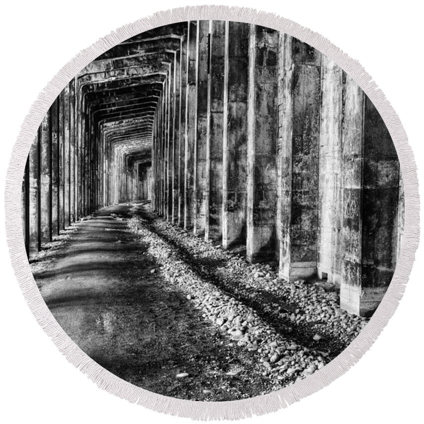 Snow Shed Round Beach Towel featuring the photograph Great Northern Railroad Snow Shed - Black And White by Mark Kiver