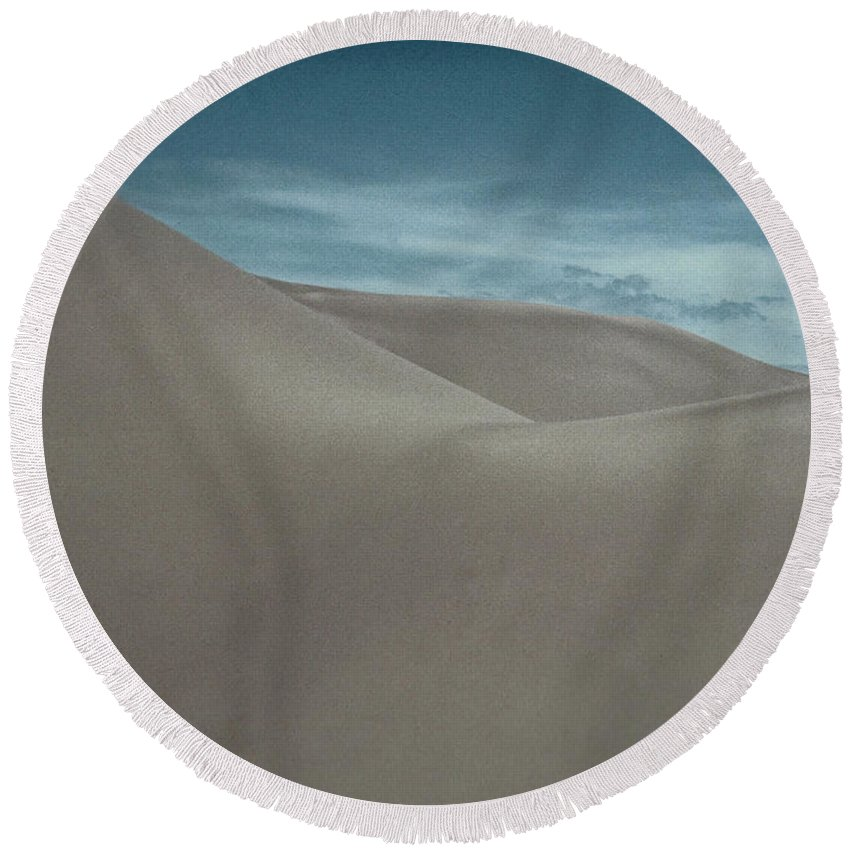 Sand Round Beach Towel featuring the photograph Great Sand Dunes by Don Schwartz