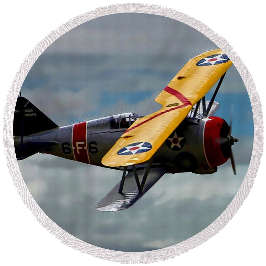 Grumman F3f-2a Round Beach Towel featuring the photograph Grumman F3f-2 by Tommy Anderson