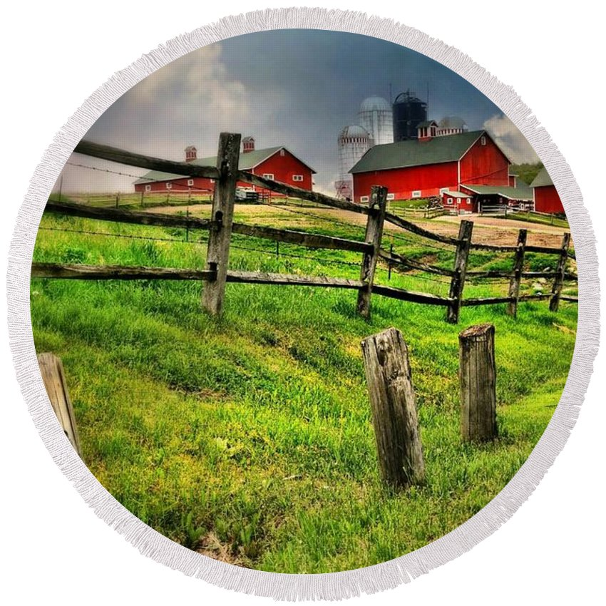 Landscape Round Beach Towel featuring the photograph Happy Acres Farm by Diana Angstadt