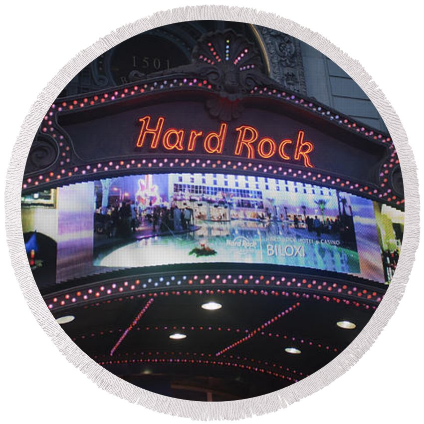 Times Square Round Beach Towel featuring the photograph Hard Rock Marquee Nyc by Teresa Mucha