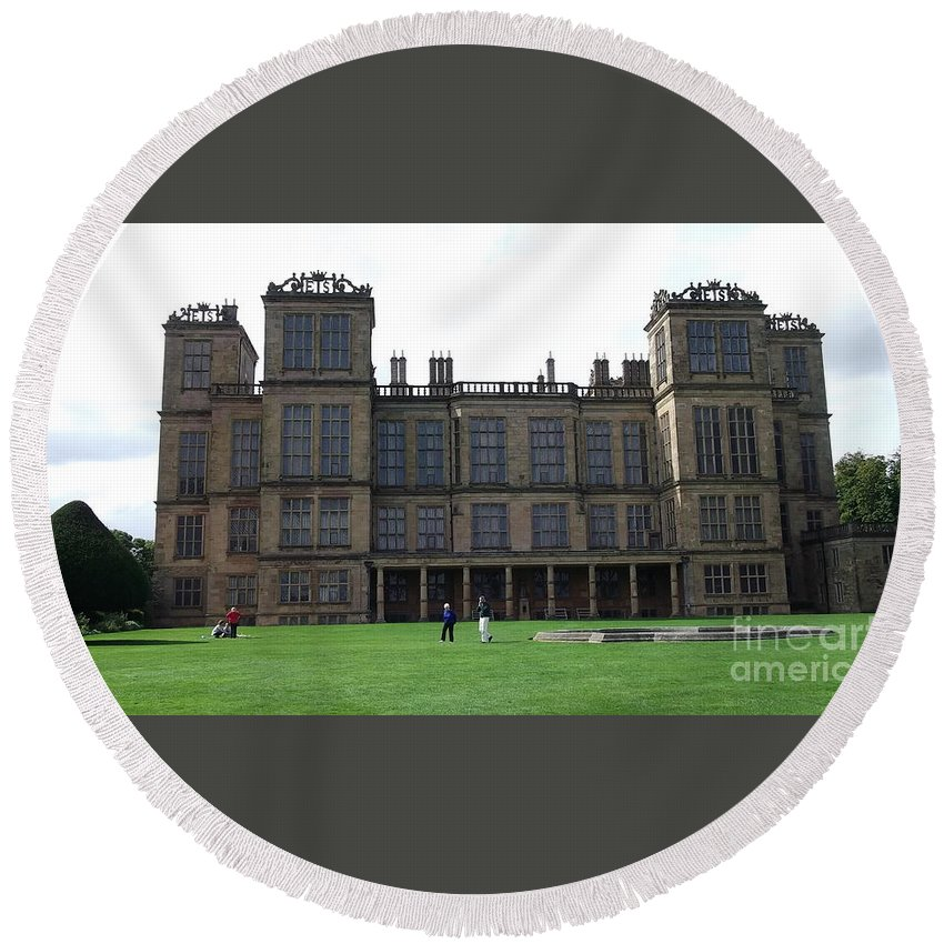 Stately Homes Round Beach Towel featuring the photograph Hardwick Hall by Tracey Williams