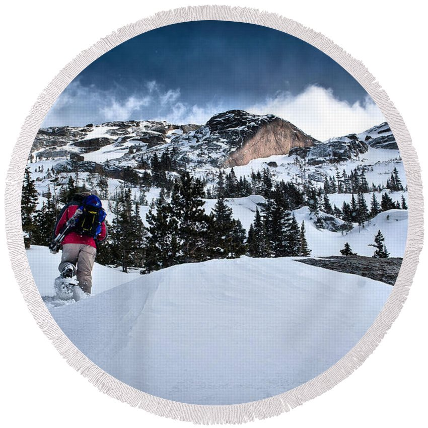 Nature Round Beach Towel featuring the photograph Heading For The Peak by Steven Reed