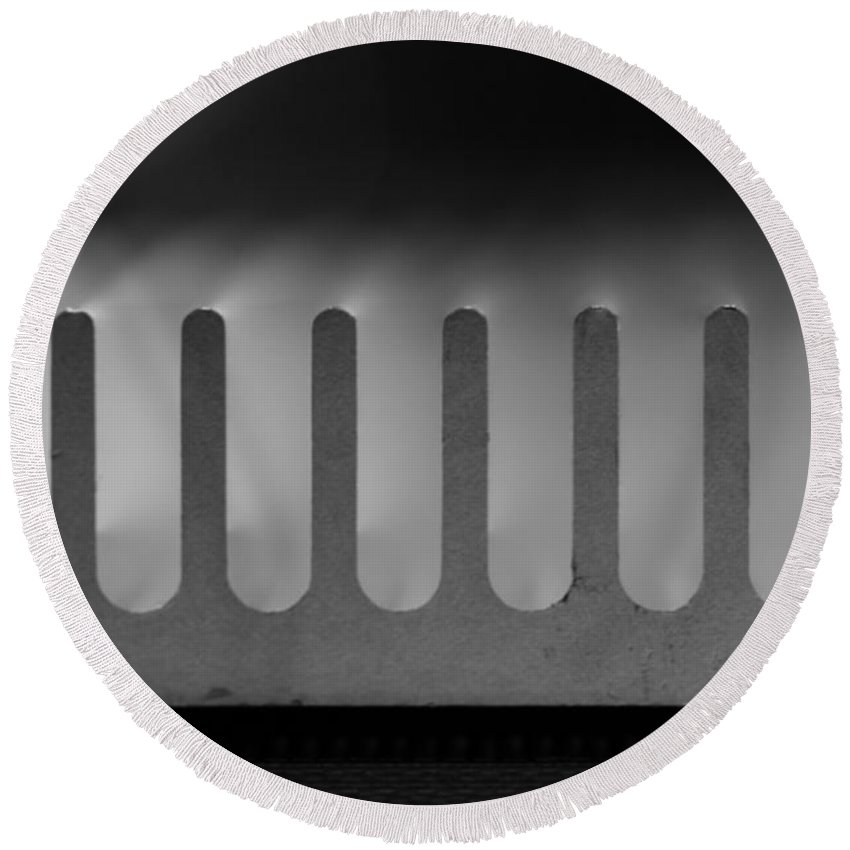 Circuit Round Beach Towel featuring the photograph Heat Sink On Edge by Kenny Glotfelty