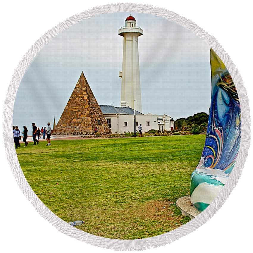 Hill Lighthouse Built In 1861 And Donkin Memorial Pyramid Honoring The Wife Of Sir Rufus Donkin In Donkin Reserve In Port Elizabeth Round Beach Towel featuring the photograph Hill Lighthouse Built In 1861 And Donkin Memorial Pyramid Honoring The Wife Of Sir Rufus Donkin-sout by Ruth Hager