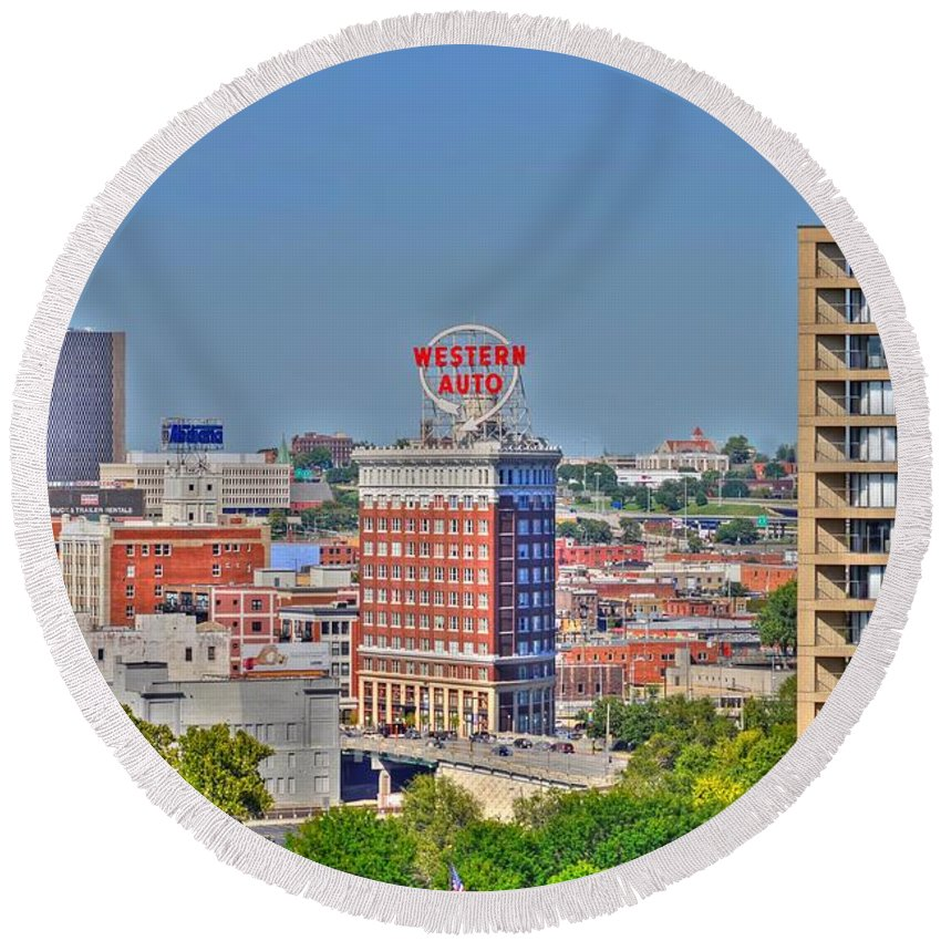 Historic Western Auto Building Kcmo Round Beach Towel featuring the photograph Historic Western Auto Building Kansas City Missouri by Liane Wright
