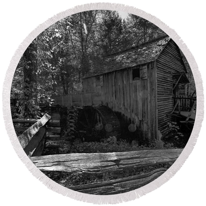 Cades Cove Round Beach Towel featuring the photograph Historical 1868 Cades Cove Cable Mill In Black And White by Kathy Clark