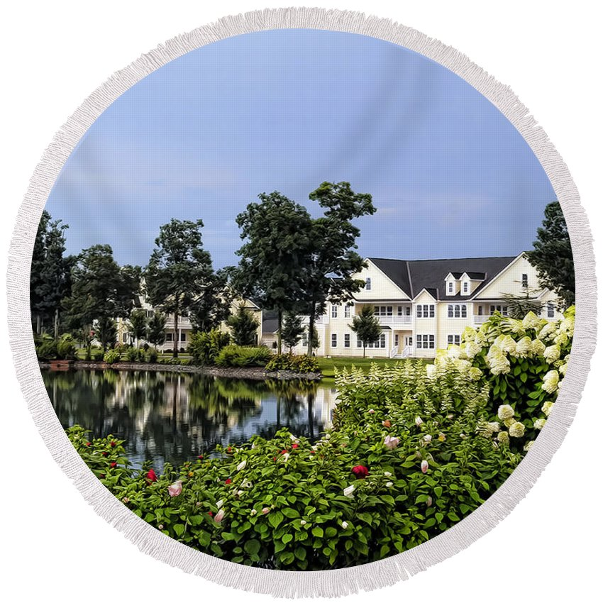 Delaware Round Beach Towel featuring the photograph Home On The Golf Course by Sami Martin
