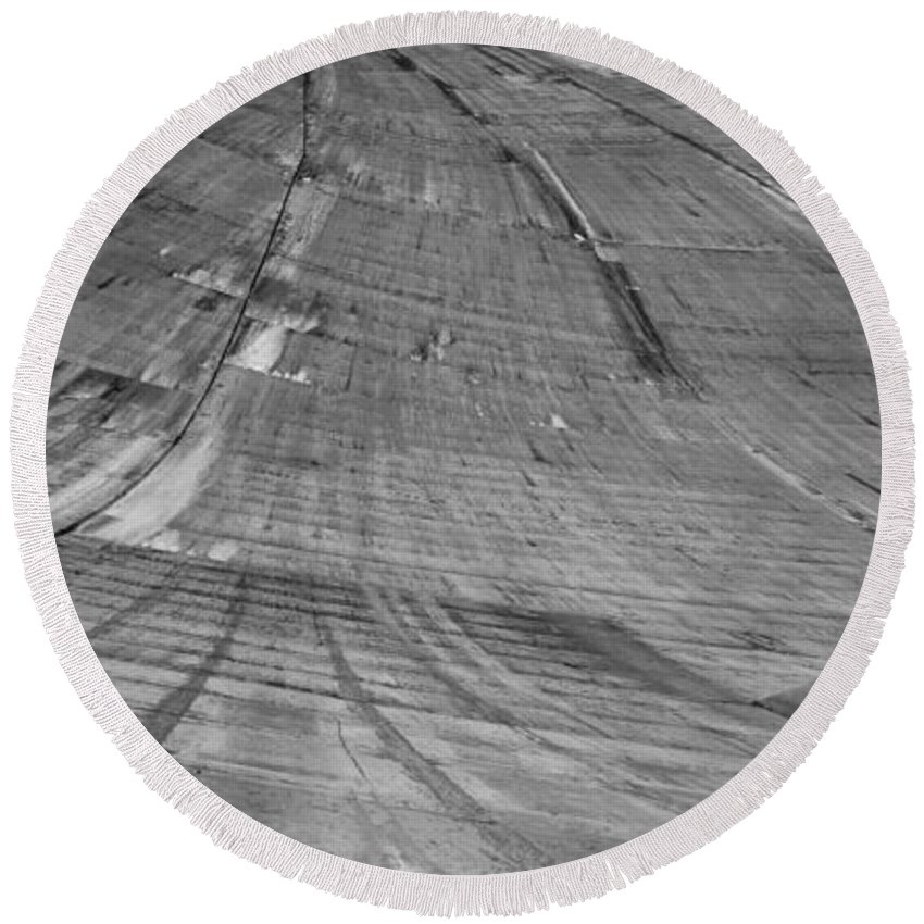 Nevada Round Beach Towel featuring the photograph Hoover Dam Looking Down by Angus Hooper Iii