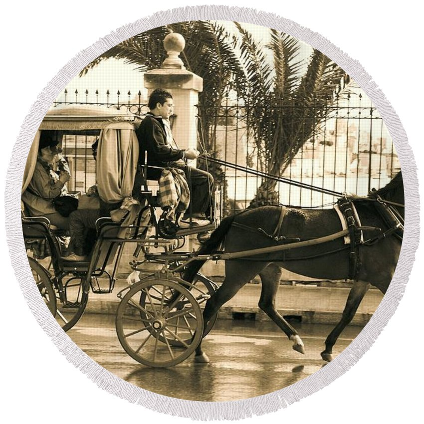 Horse Round Beach Towel featuring the photograph Horse Drawn Carriage Ride by David Coleman