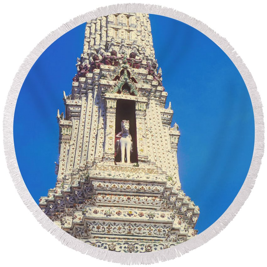 Temple Of Dawn Wat Arun Temple Of The Rising Sun Temples Horse Guardian Spire Spires Tower Landmark Landmarks Place Places Of Worship Structure Structures Building Buildings Architecture Bangkok Thailand Round Beach Towel featuring the photograph Horse Guardian by Bob Phillips