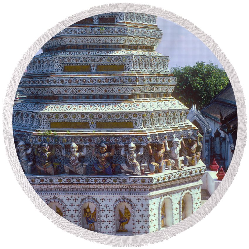 Temple Of Dawn Wat Arun Temple Of The Rising Sun Temples Horse Guardian Spire Spires Tower Towers Landmark Landmarks Place Places Of Worship Structure Structures Building Buildings Architecture Detail Bangkok Thailand Round Beach Towel featuring the photograph Horse Guardian Spire Artwork by Bob Phillips