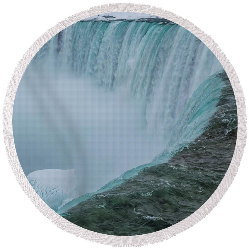 Canada Round Beach Towel featuring the photograph Horseshoe Falls Ice Formations by Ray Sheley