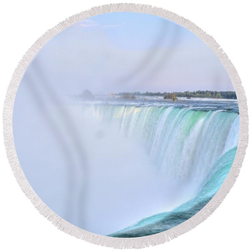 Niagara Round Beach Towel featuring the photograph Horseshoe Falls by Kathleen Struckle