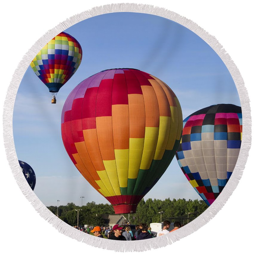 Hot Air Balloons Round Beach Towel featuring the photograph Hot Air Balloon Festival In Decatur Alabama by Kathy Clark