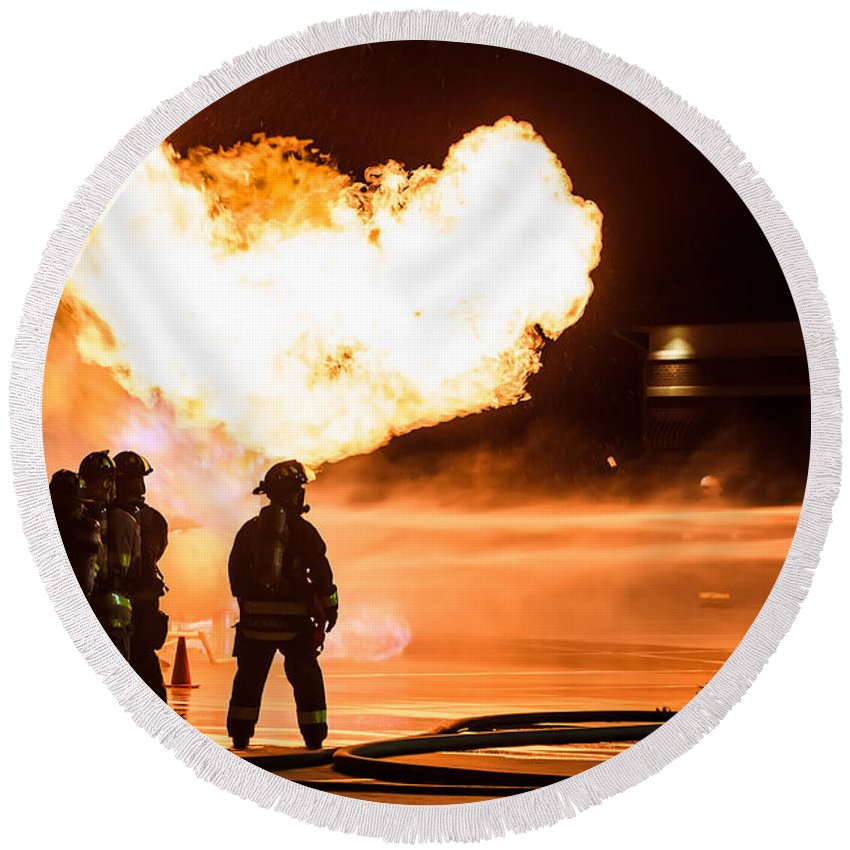 Extinguish Round Beach Towel featuring the photograph Hot Flames by Sennie Pierson