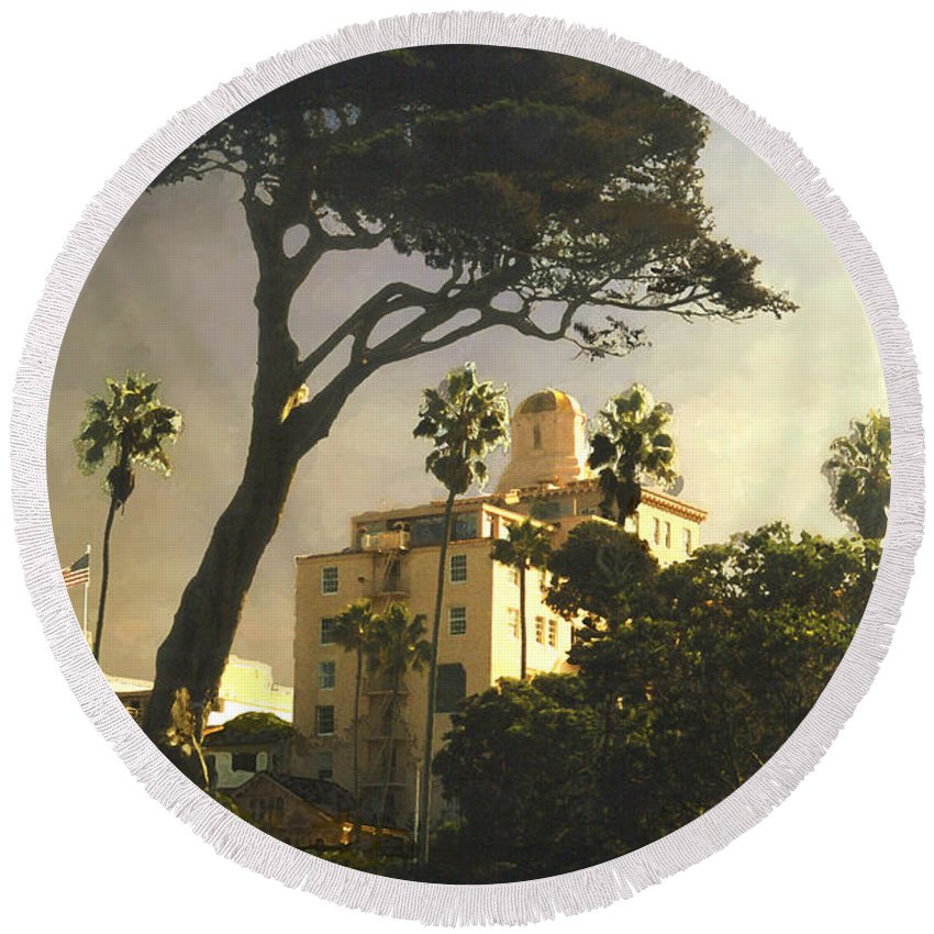 Landscape Round Beach Towel featuring the photograph Hotel California- La Jolla by Steve Karol