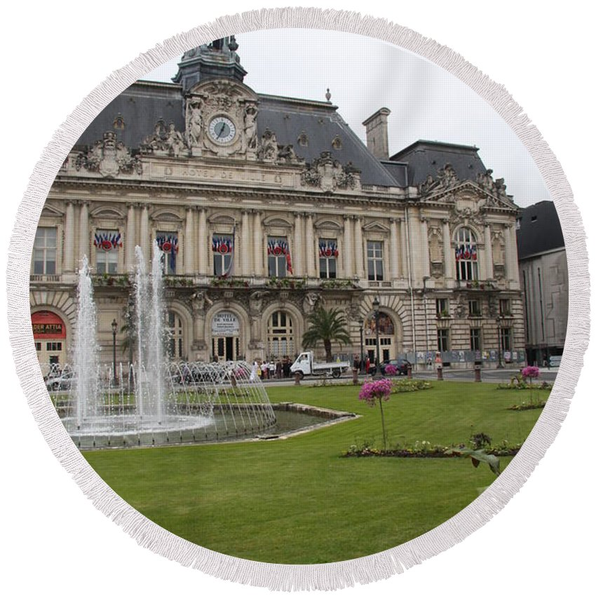 City Hall Round Beach Towel featuring the photograph Hotel De Ville - Tours by Christiane Schulze Art And Photography