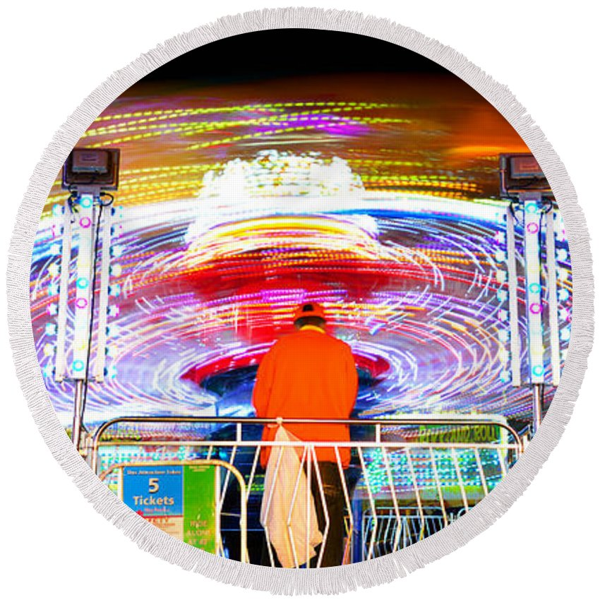 Florida State Fair 2015 Round Beach Towel featuring the photograph How Do I Stop This Thing by David Lee Thompson