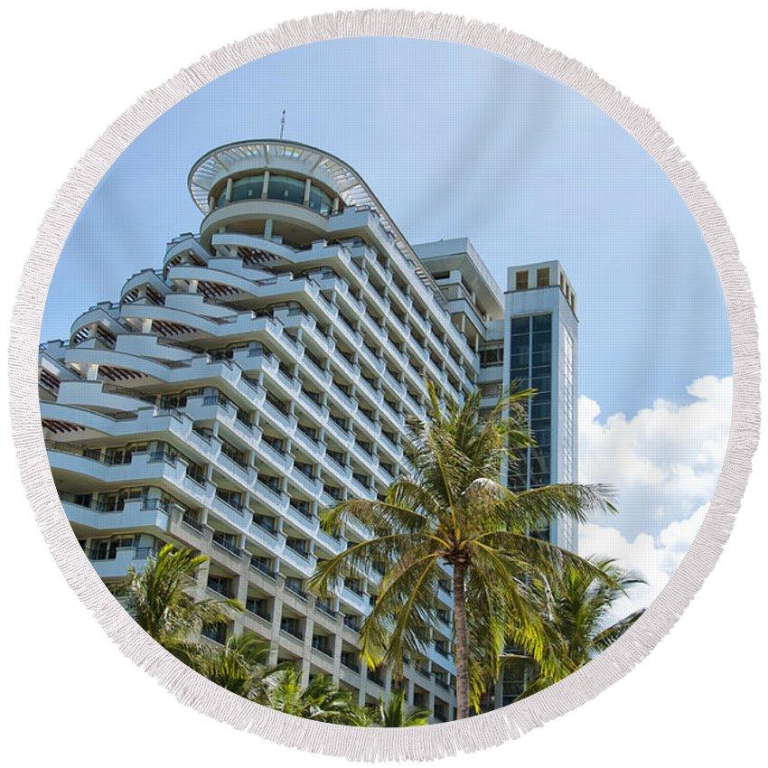 Resort Round Beach Towel featuring the photograph Hua Hin Hotel by Antony McAulay