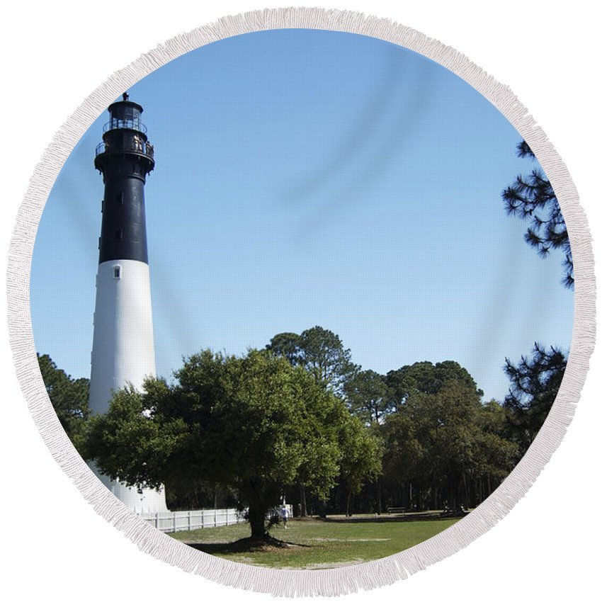 Hunting Island Lighthouse Round Beach Towel featuring the photograph Hunting Island Lighthouse Sc by Bob Pardue