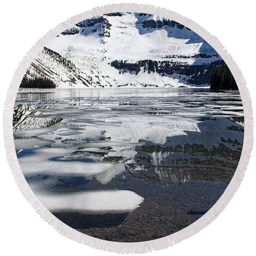 Mountain Round Beach Towel featuring the photograph Ice In The Water by David Arment