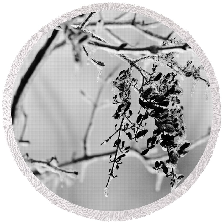 Ice Round Beach Towel featuring the photograph Ice Melting by Sandy Keeton