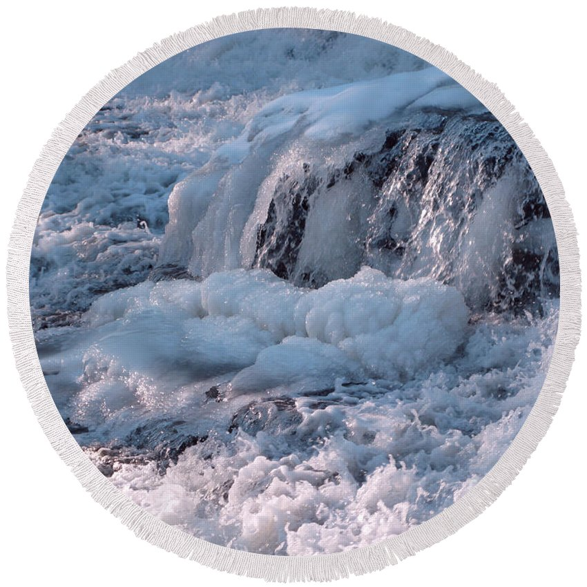 Winter Round Beach Towel featuring the photograph Iced Water by Ann Horn