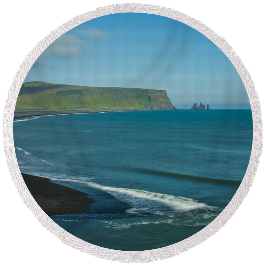 Iceland Round Beach Towel featuring the photograph Icelandic Beach by Anthony Doudt