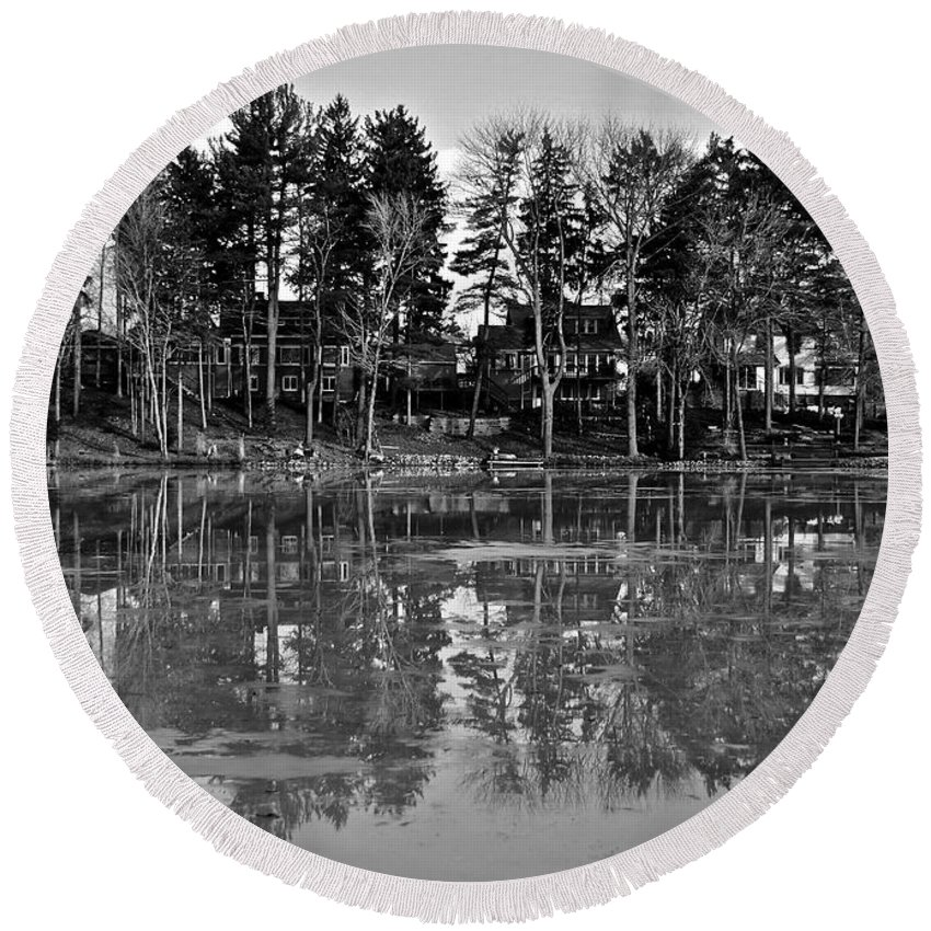 Icy Round Beach Towel featuring the photograph Icy Pond Reflects by Frozen in Time Fine Art Photography