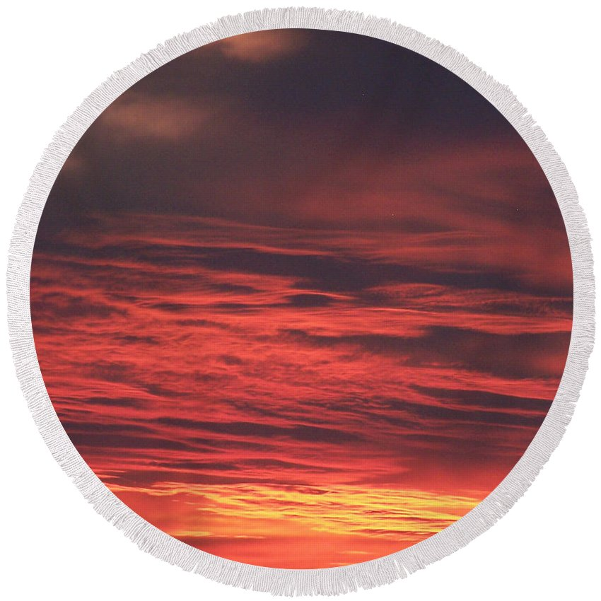 Icy Red Sky Round Beach Towel featuring the photograph Icy Red Sky by Jennifer Allen
