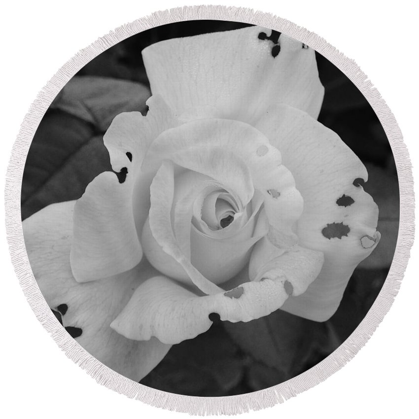 Black And White Round Beach Towel featuring the photograph Imperfection by Terri Louise