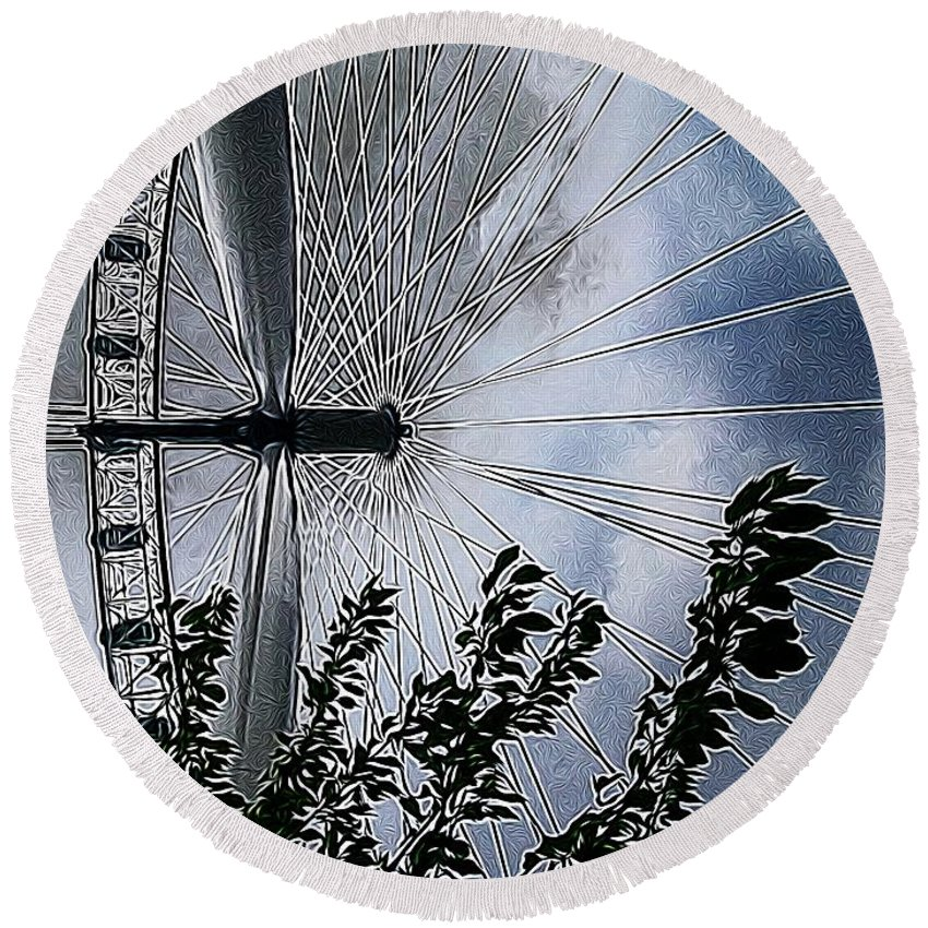 London Eye Round Beach Towel featuring the photograph In The Eye Of The Beholder by Mark J Dunn