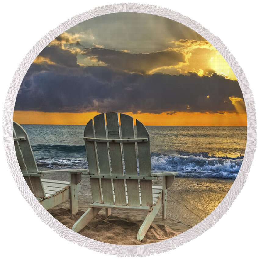 Zen Round Beach Towel featuring the photograph In The Spotlight by Debra and Dave Vanderlaan