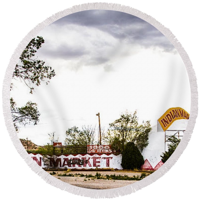 Route 66 Round Beach Towel featuring the photograph Indian Market by Angus Hooper Iii