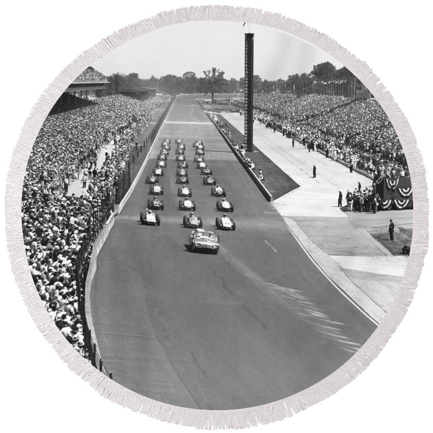 1950's Round Beach Towel featuring the photograph Indy 500 Parade Lap by Underwood Archives