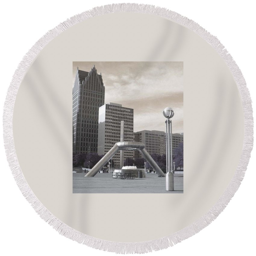 Hart Plaza Round Beach Towel featuring the photograph Inner Void Of Hard Plaza Phase 2 by Crystal Hubbard