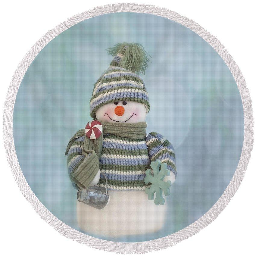 Christmas Card Art Round Beach Towel featuring the photograph It's A Holly Jolly Christmas by Kim Hojnacki