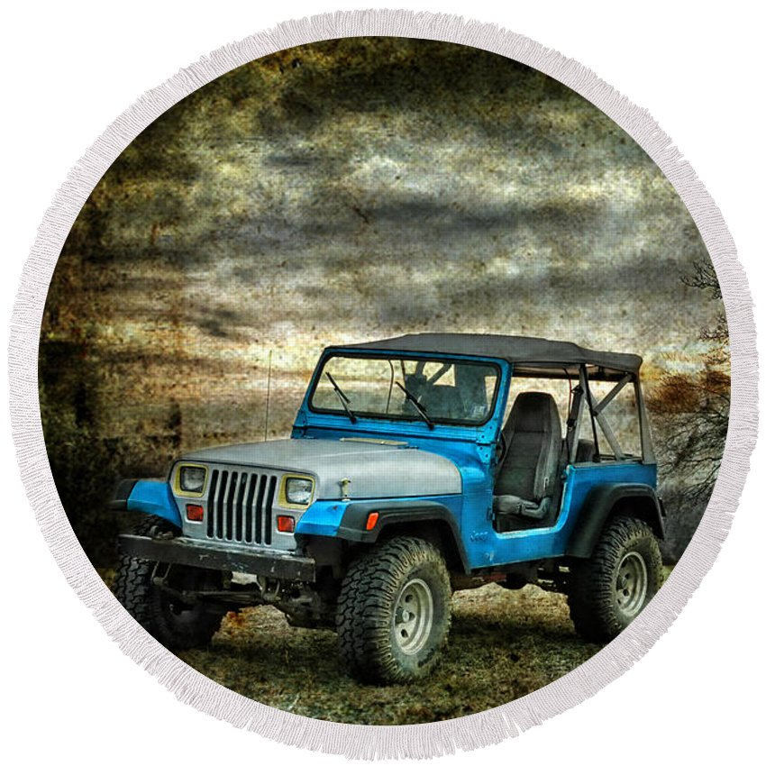 Jeep Round Beach Towel featuring the photograph It's A Jeep Thing by Sami Martin