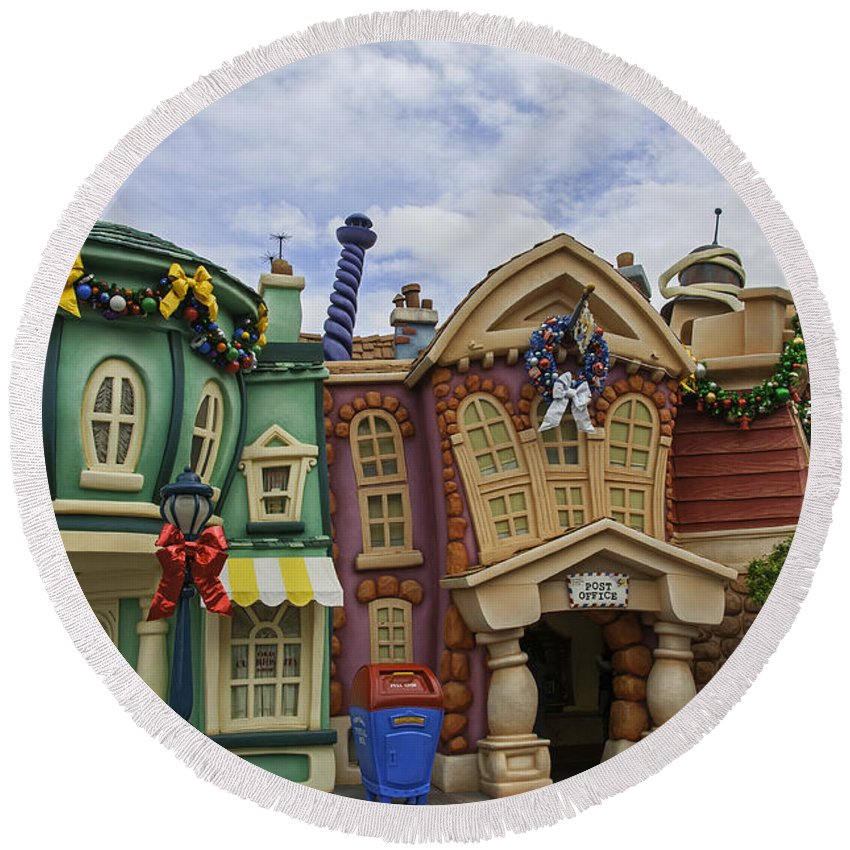 Round Beach Towel featuring the photograph It's A Toontown Christmas by Lynn Bauer
