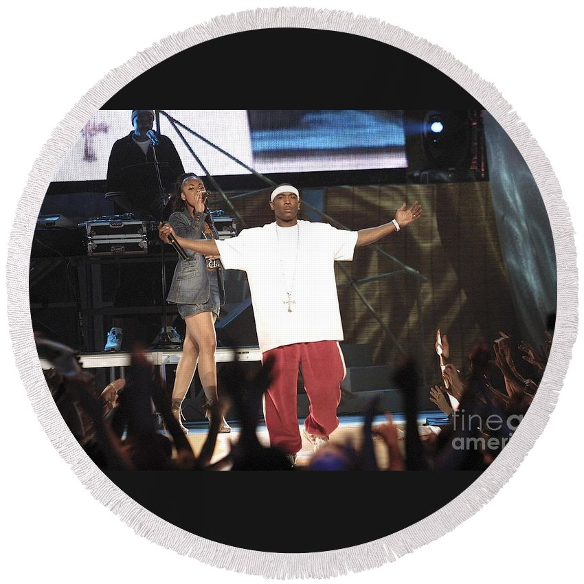 Rapper Round Beach Towel featuring the photograph Ja Rule by Concert Photos
