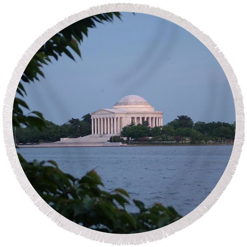Jefferson Round Beach Towel featuring the photograph Jefferson Memorial by Geoffrey McLean