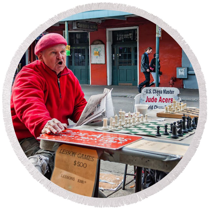 Chess Round Beach Towel featuring the photograph Jude The Master by Steve Harrington