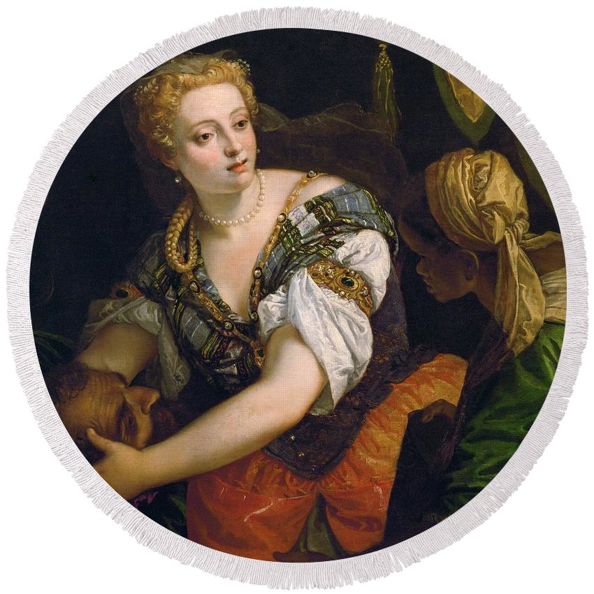 1575-1580 Round Beach Towel featuring the painting Judith With The Head Of Holofernes by Paolo Veronese