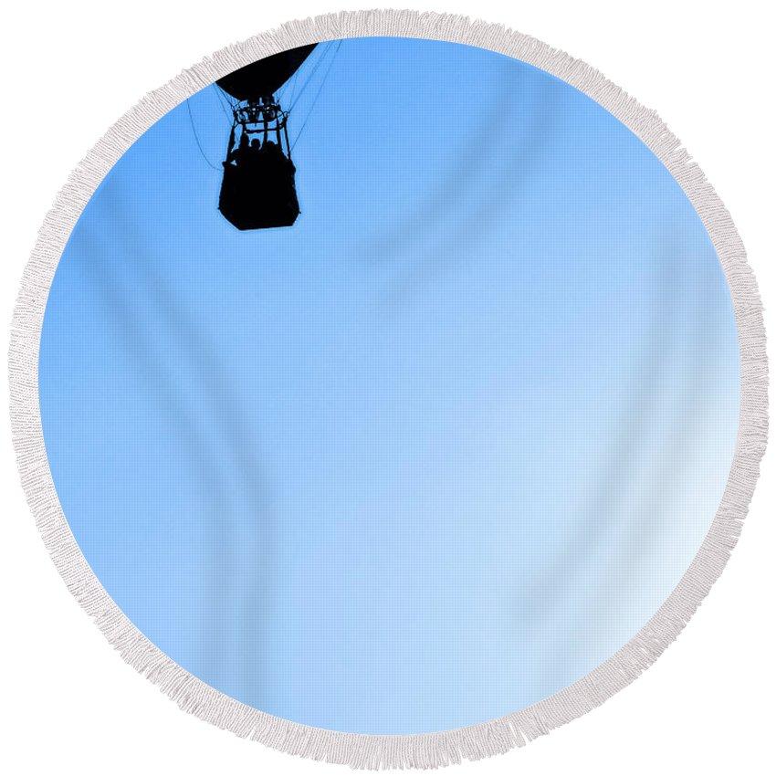 Just Caught This Flight Round Beach Towel featuring the photograph Just Caught This Flight by Tracy Winter