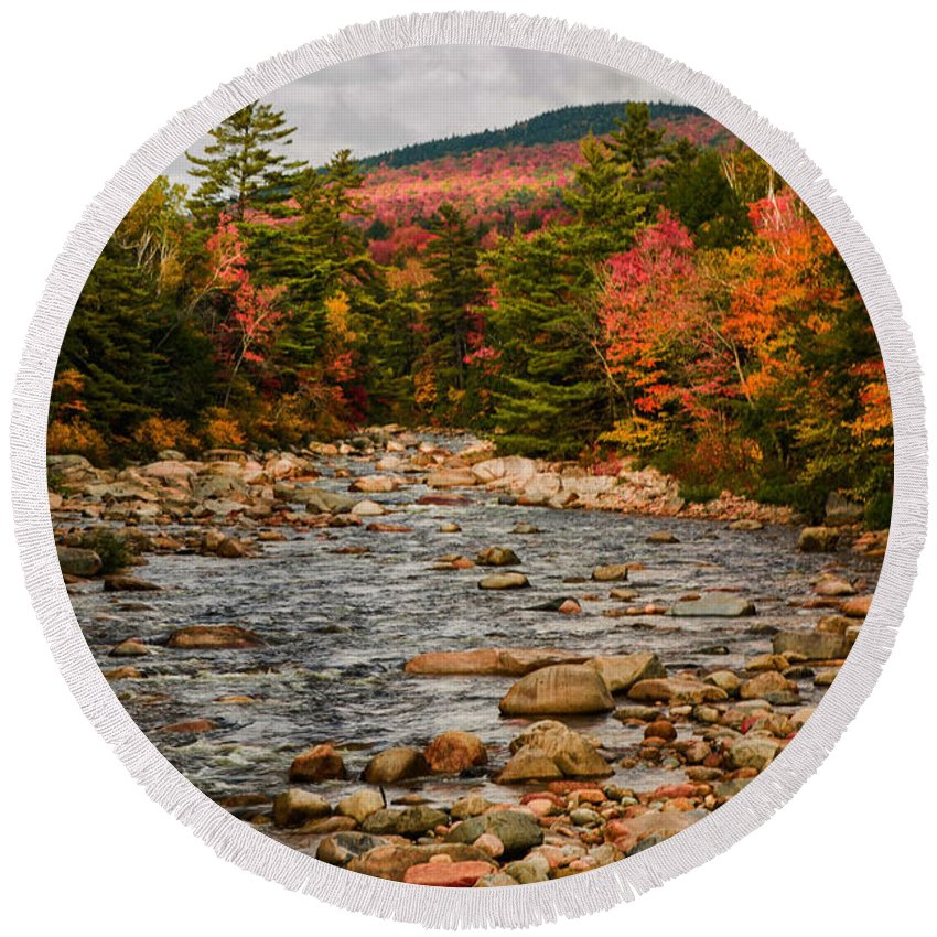 #jefffolger #vistaphotography Round Beach Towel featuring the photograph Kancamagus Prelude by Jeff Folger