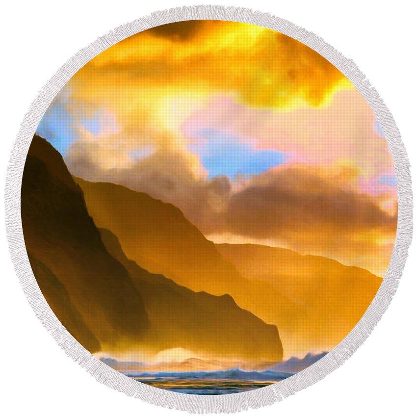Ke'e Beach Round Beach Towel featuring the painting Ke'e Beach Sunset by Dominic Piperata